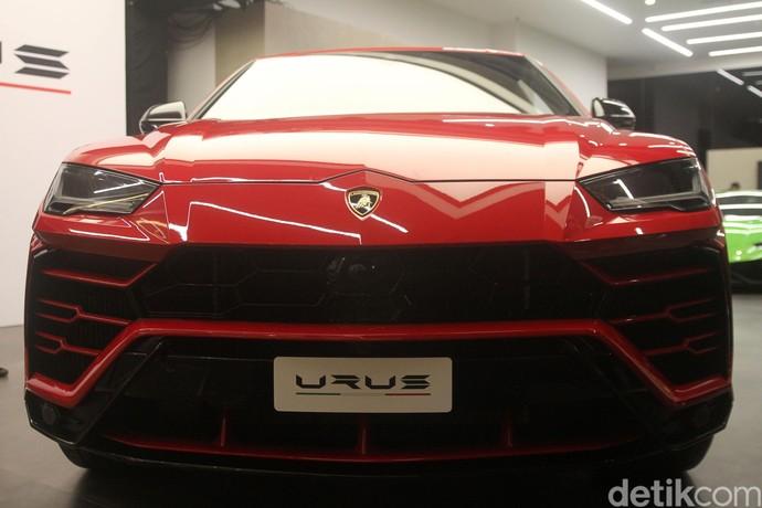 Siap Mengaspal, Begini Tampang Keren Lamborghini Urus