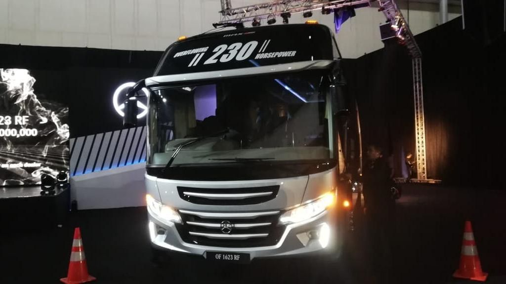 Euro4 untuk Bus Masih 2 tahun Lagi, Mercy Datangkan Bus Euro3