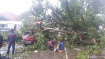 Foto: Dampak Puting Beliung Terjang Bogor