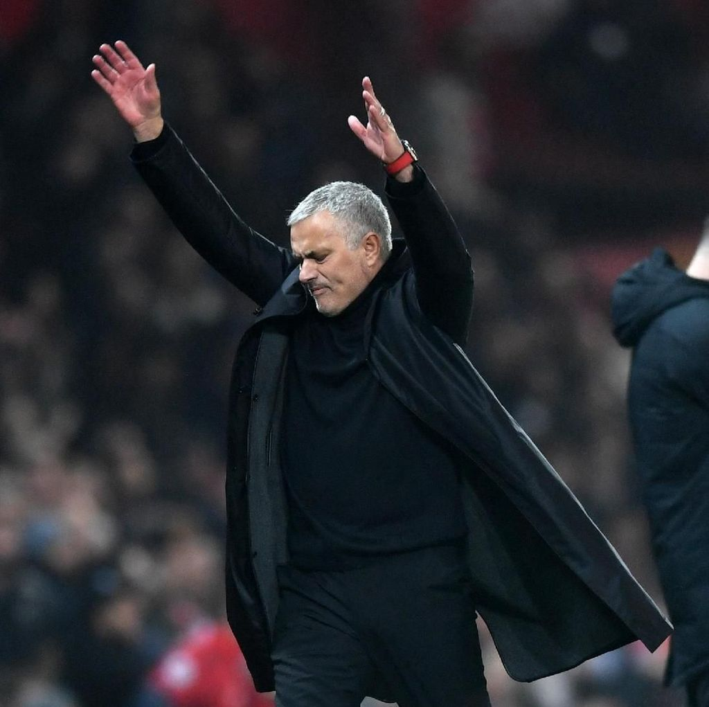 Jose Mourinho Selalu Nikmati Laga-laga di Anfield