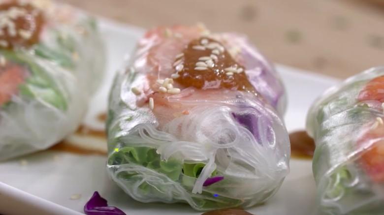 Resep Lumpia Basah Udang Sayur/ Foto: Semua Bisa Masak TransTV
