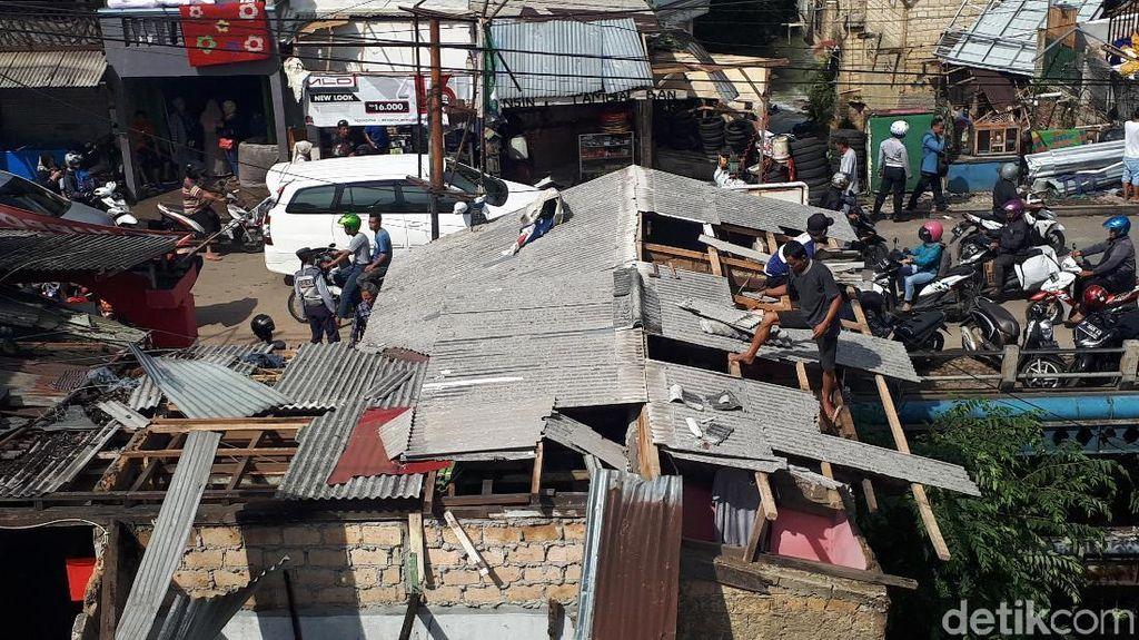 Prabowo hingga Risma Berduka atas Bencana Puting Beliung di Bogor