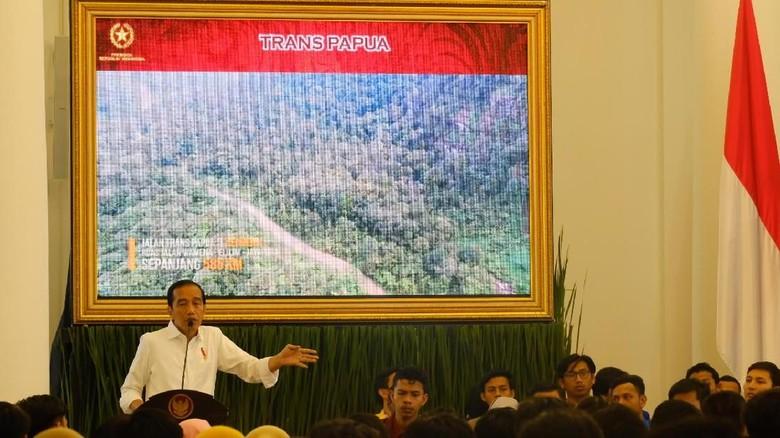 Jokowi: Kalau Hitungan Politisi, Pembangunan Hanya di Jawa