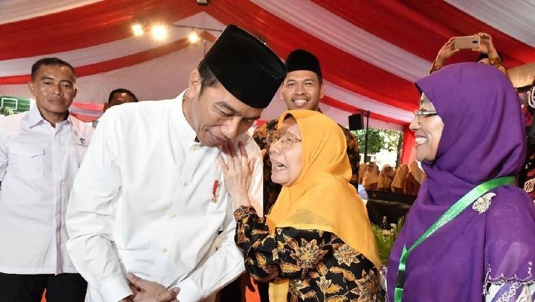 Saat Elyda Djazman Mantan Ketua Aisiyah Doakan Jokowi