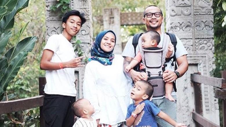Serunya Cerita Enno Lerian Saat Traveling Bareng Anak-anak/Foto: Instagram