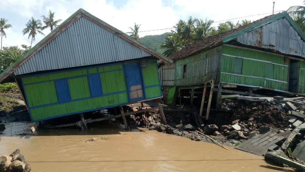 BNPB: Usai Diguncang Gempa 5,3 SR, Dompu NTB Sempat Diterjang Banjir