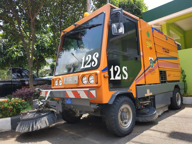 Road Sweeper. Foto: Ridwan Arifin