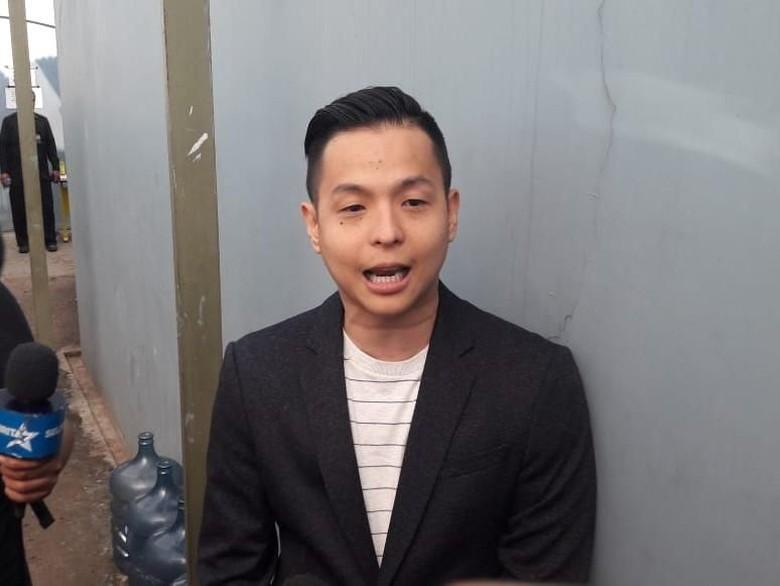 IG Digeruduk Gara-gara 812 Malaysia, Ernest: Nggak Apa-apa!