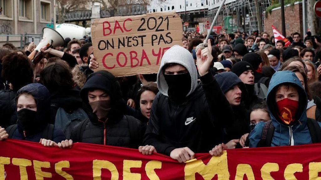 Didemo Sebulan, Pemerintah Prancis Tunda Kenaikan Harga BBM