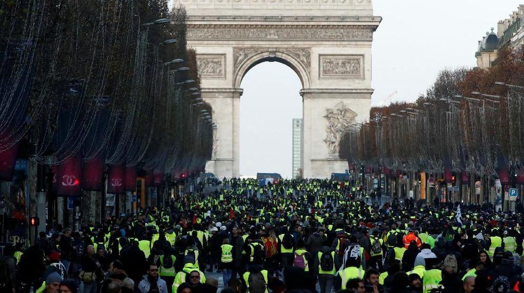 Sebelum Demo Rompi Kuning, Ratusan Orang Ditahan di Paris