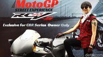Poppy Sovia Penasaran dengan Motor Marquez Versi Jalan Raya