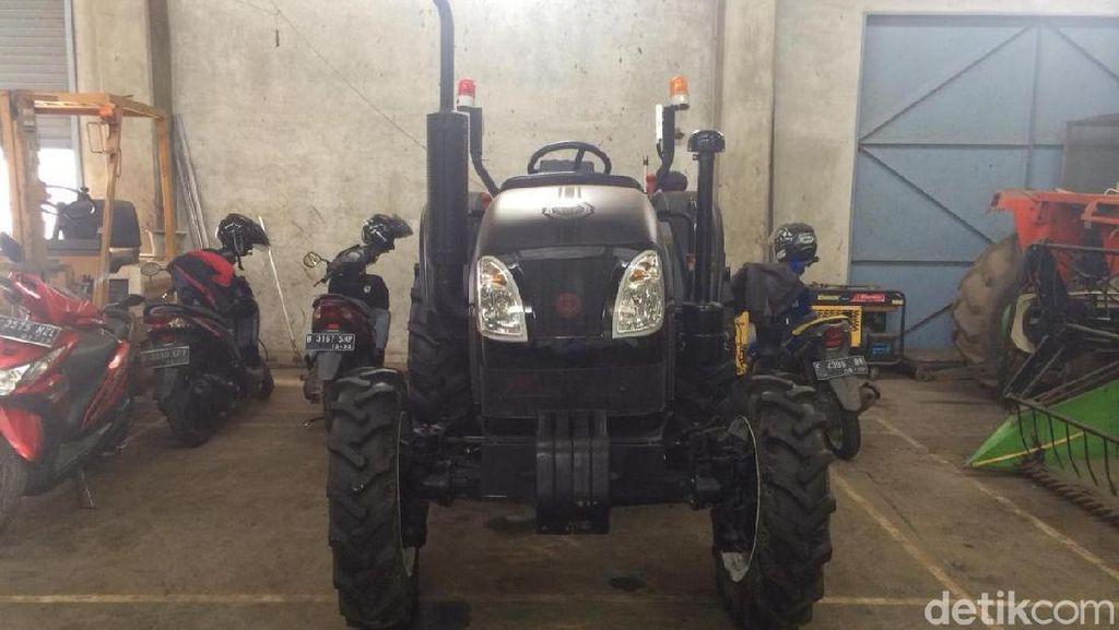 Cerita Sulitnya Bikin Traktor Hantu, Komponen Sempat Terbakar