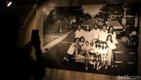 Tanpa Batas karya Tjandra Moh Amin meluncur di Jakarta, Sabtu (8/12) di Galeri Cipta III, Taman Ismail Marzuki, Jakarta Pusat.