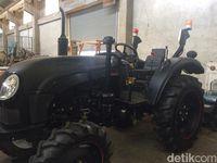 Sssst! Ada Traktor 'Hantu' yang Bisa Jalan Sendiri