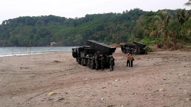 Roket Buatan Pindad Akan Diuji Coba di Sukabumi