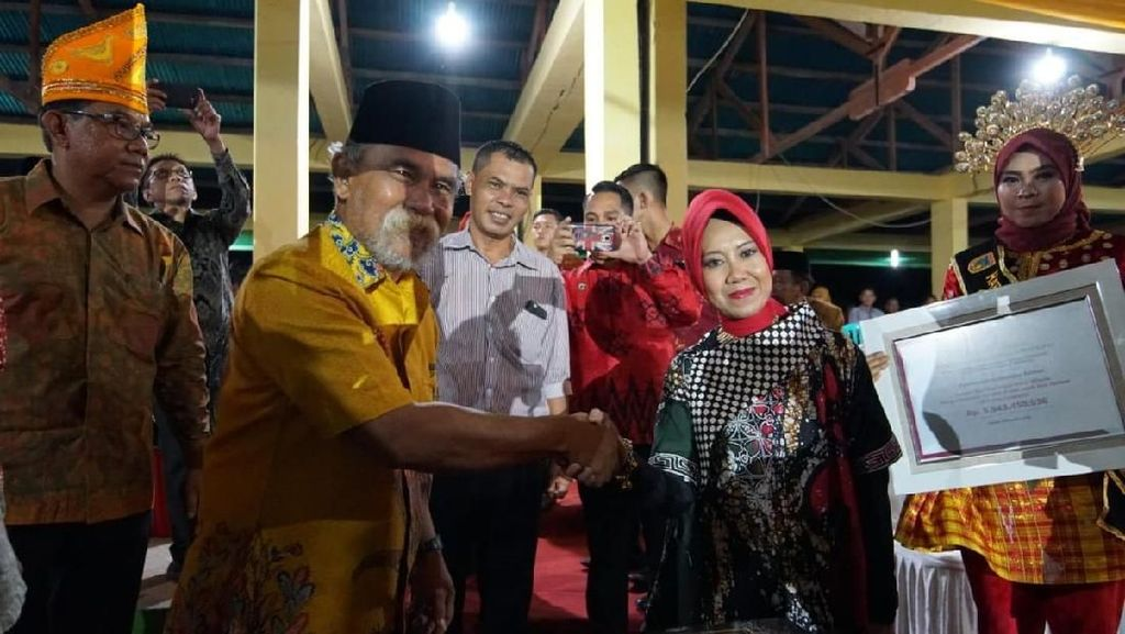 HUT ke-58, Kabupaten Tolitoli Dapat Hadiah Sarana Pendukung Wisata