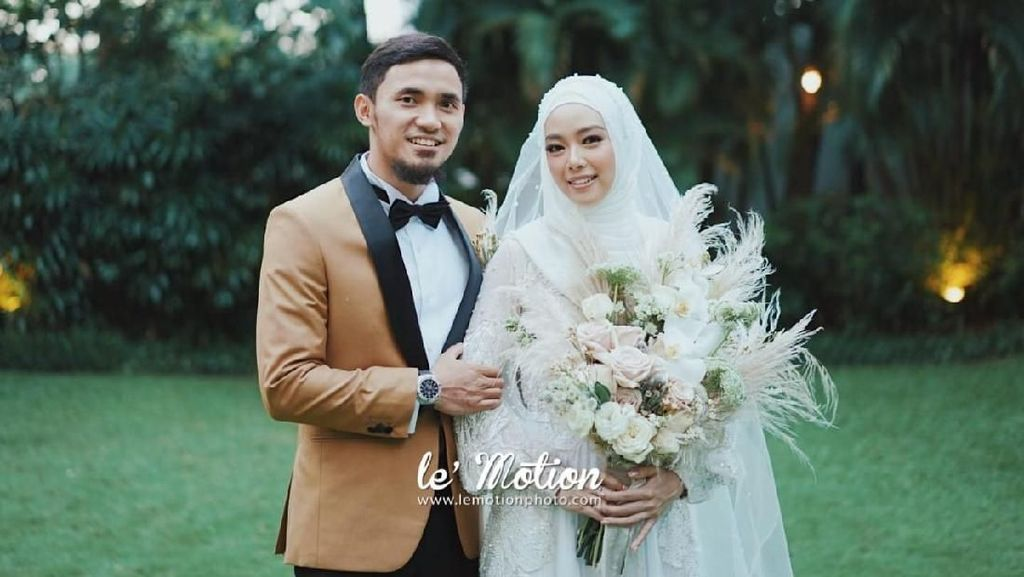 Pernikahan Hulaefi dan Lindswell Diiringi Atraksi Pewushu Cilik