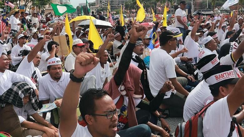 Potret Massa Aksi 812 di Malaysia