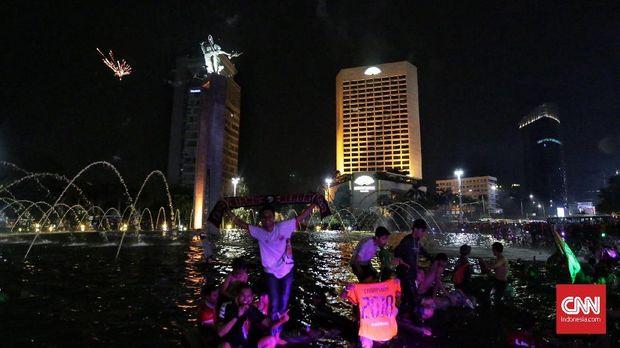 Jakmania 'menguasai' ibu kota setelah Persija Jakarta meraih juara Liga 1 2018. (