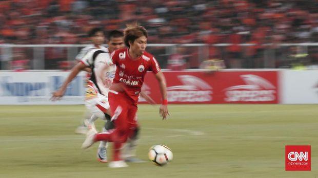 Asri Akbar menjadi pemain pengganti dalam laga Persija menghadapi Bogor FC.