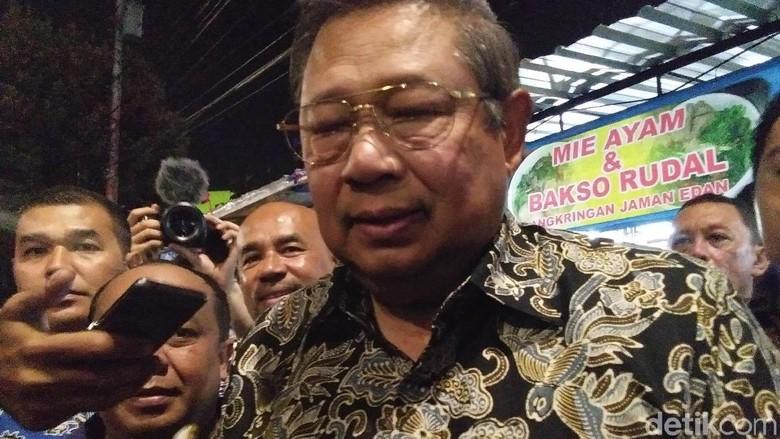 Ibunda SBY Sakit, Dirawat di RS di Cibubur