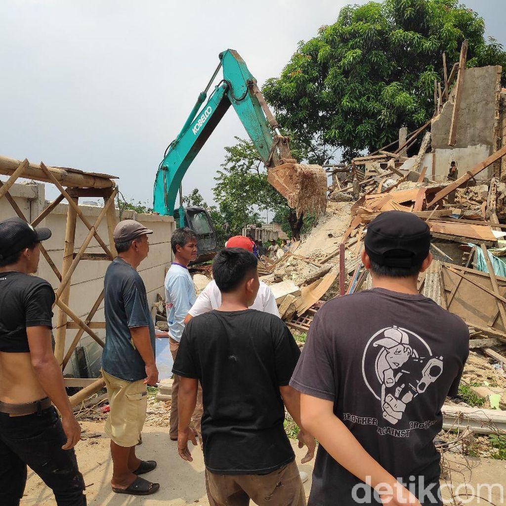 10 Rumah di Sukmajaya Depok Dieksekusi untuk Proyek Tol