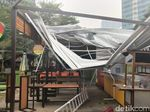 Video: Kerusakan Food Court Rasuna Epicentrum Usai Diamuk Angin