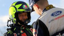 Berulang Juara Reli, Kenapa Rossi Tak Jadi Pebalap Mobil Saja?