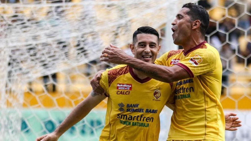 Sriwijaya FC Degradasi, Beto dan Vizcarra Pergi