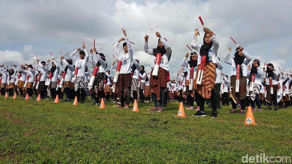 Seni Rontek dengan 5000 Pemain di Pacitan Kembali Pecahkan Rekor MURI