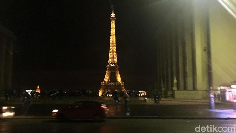 Ilustrasi Menara Eiffel (Angga/detikcom)