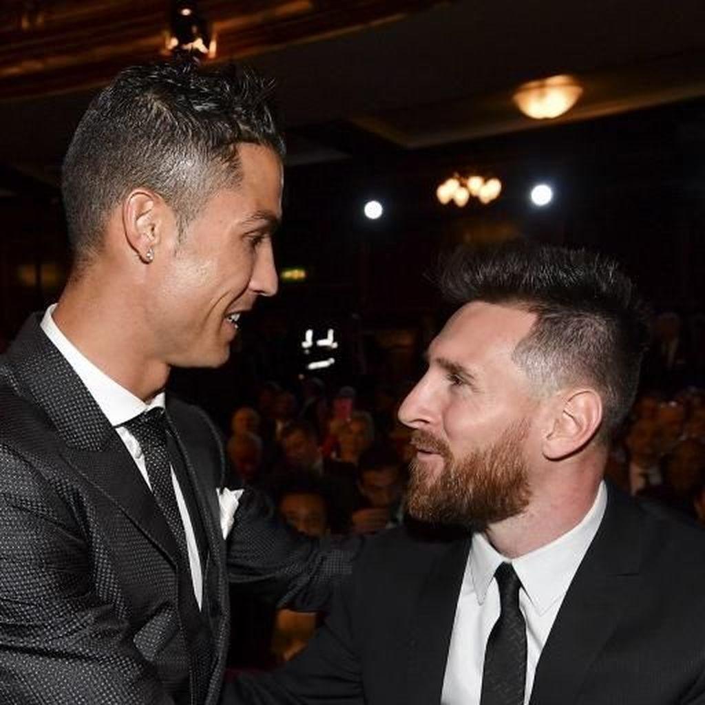 Lineker: Messi Tak Sebanding dengan Siapapun, Termasuk Ronaldo