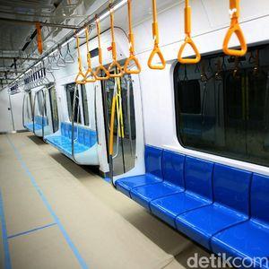 Mengintip Kerennya Interior MRT Jakarta