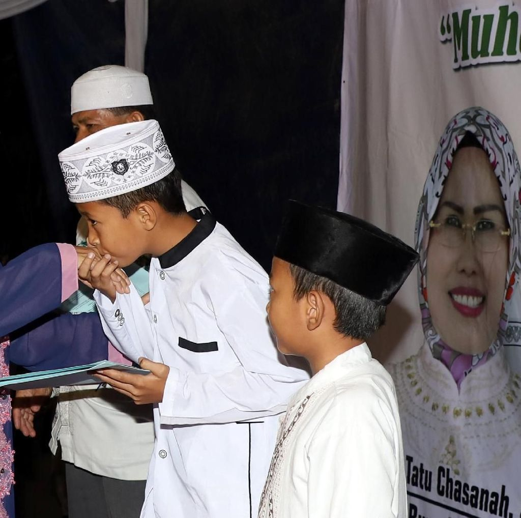 212 Penghafal Alquran di Serang Terima Beasiswa Jutaan Rupiah