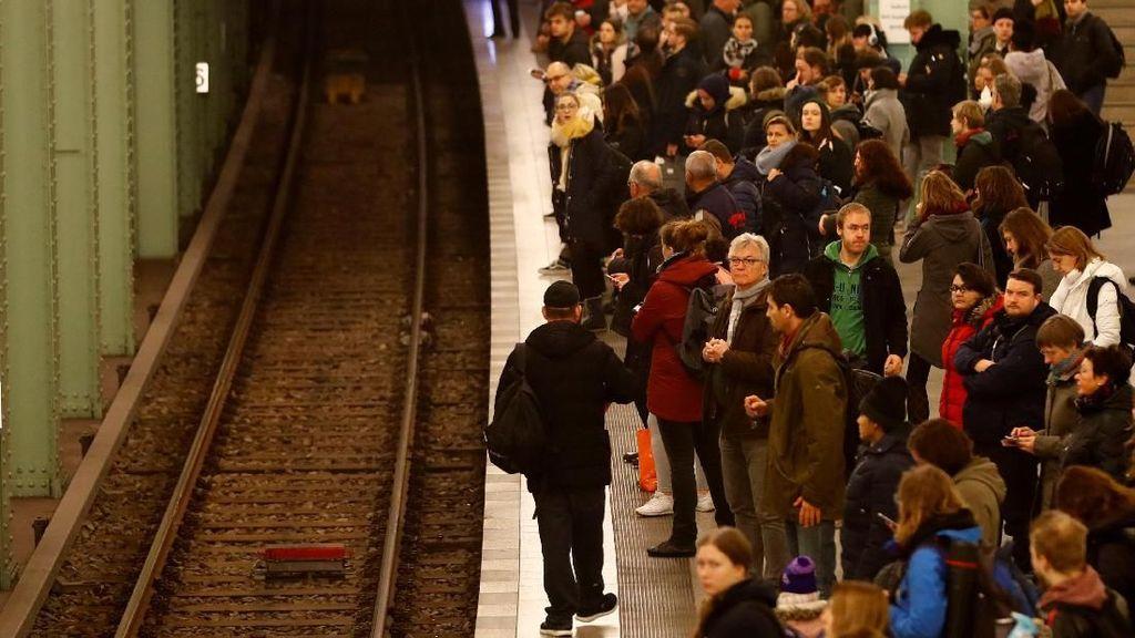 Perjalanan Kereta di Jerman Lumpuh karena Pegawai Mogok Kerja