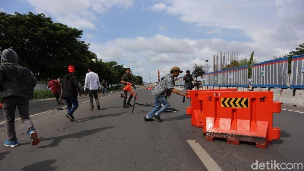 Peringati Hari HAM di Makassar, Mahasiswa dan Warga Bentrok