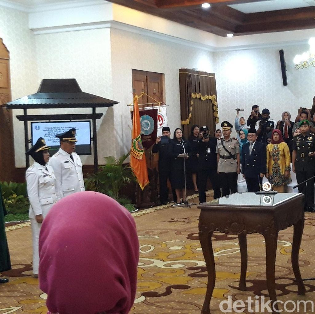 Lantik Wali Kota Mojokerto, Pakdhe Karwo Wanti-wanti agar Tak Korupsi