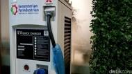 Bisakah Mobil Listrik BMW Ngecas di SPLU Pertamina?