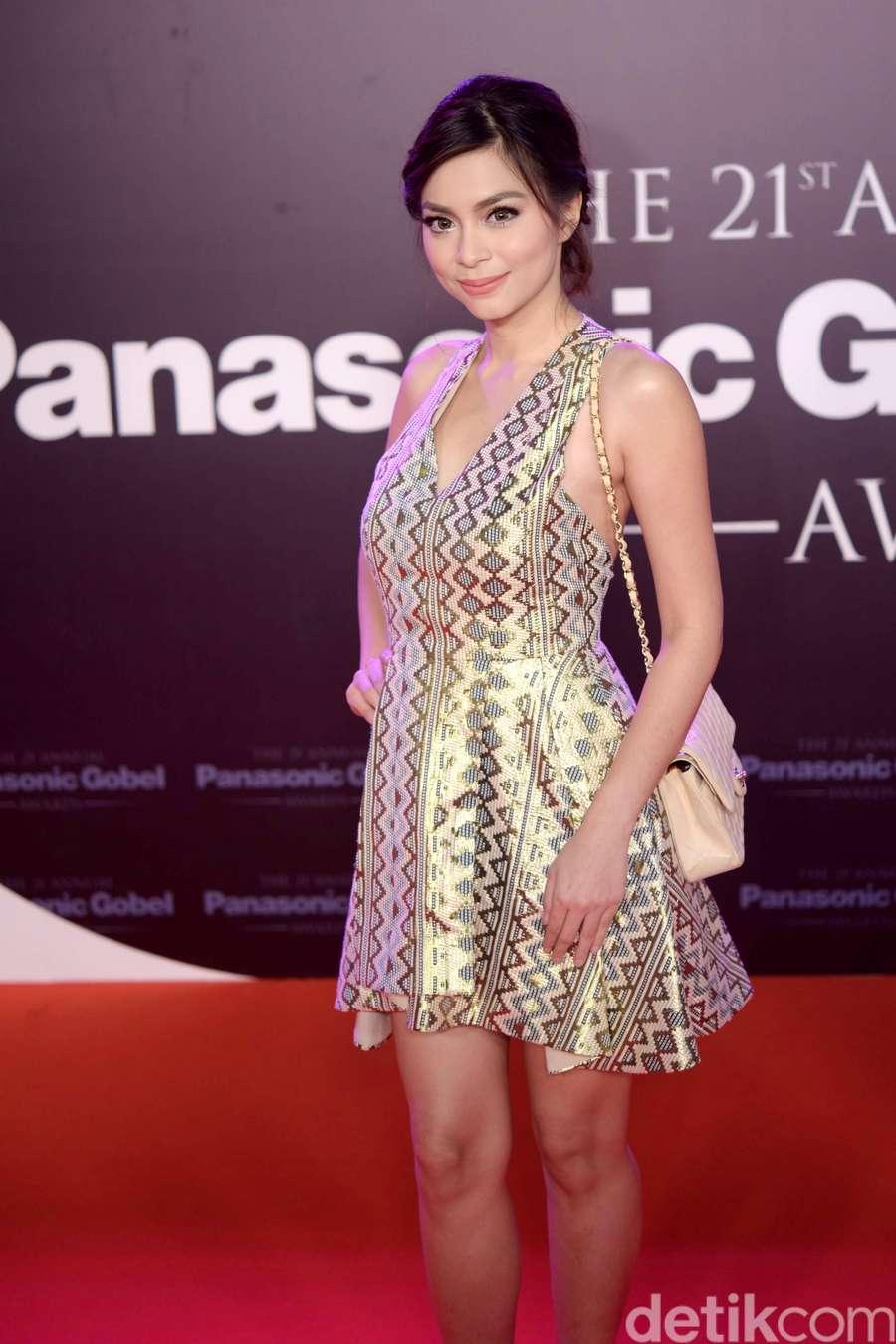 Foto Jadul Tamara Bleszynski hingga Penampilan Dewi Sandra