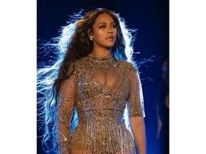 Gaya Seksi Beyonce Manggung di Pernikahan Putri Orang Terkaya Se-Asia