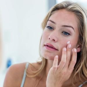 Kata Dokter, Ini Cara Memilih Sunscreen untuk Kulit Berjerawat
