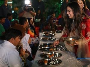 Ambani Isha, Putri Orang Terkaya di India yang Doyan Pani Puri