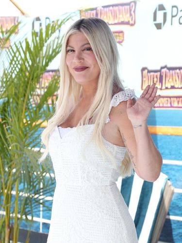 WESTWOOD, CA - JUNE 30:  Tori Spelling attends the Columbia Pictures and Sony Pictures Animation's world premiere of 'Hotel Transylvania 3: Summer Vacation' at Regency Village Theatre on June 30, 2018 in Westwood, California.  (Photo by Christopher Polk/Getty Images)