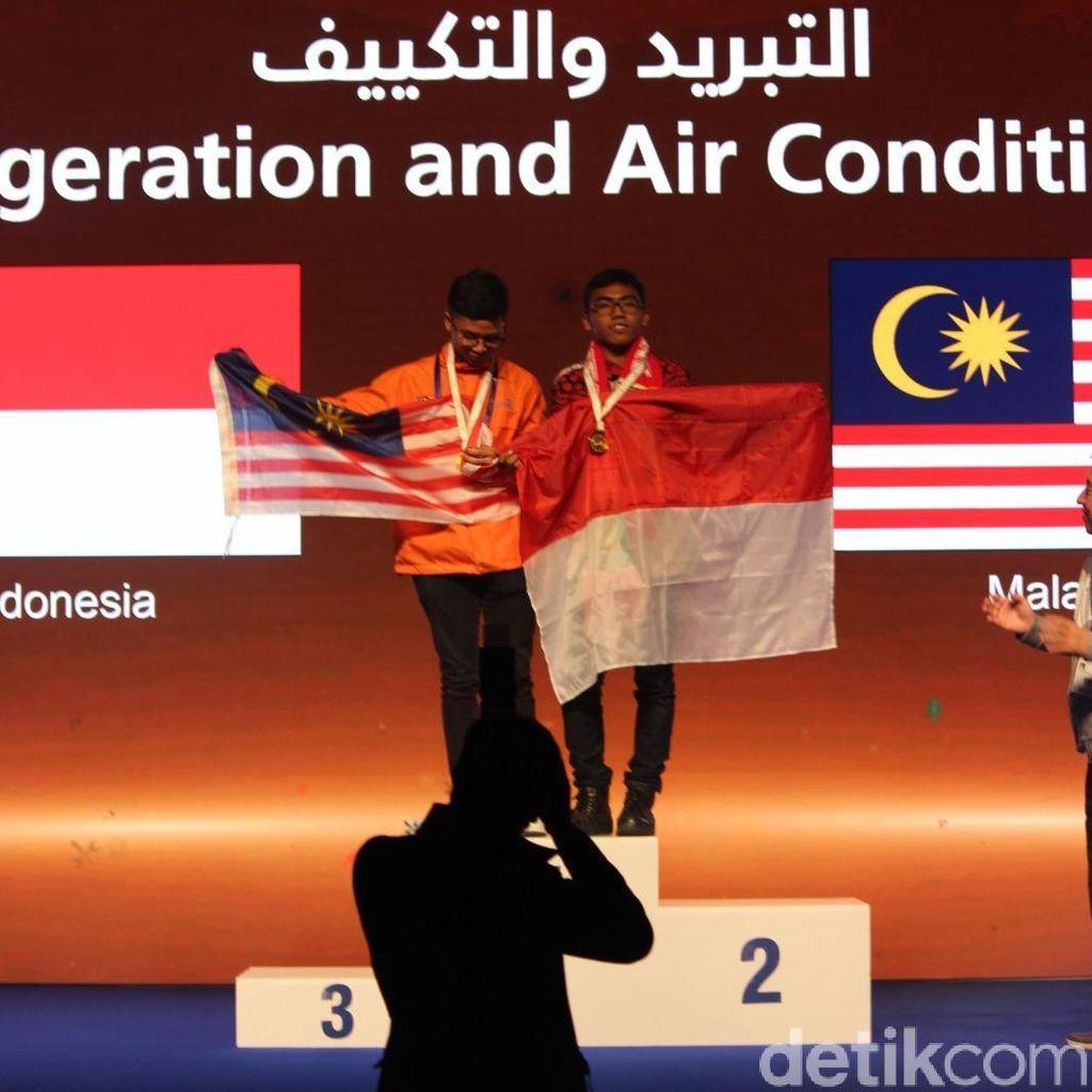 Hebat! Anak Buruh Tani Raih Emas Kompetisi Elektronika di Abu Dhabi