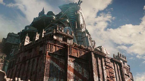 'Mortal Engines': Bertahan Hidup Di Atas Roda Berputar