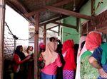Pulang Kampung, Irawan Korban Selamat KKB Papua Disambut Tetangga