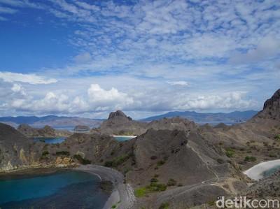 Pemandangan Indah Pulau Padar, Cocok Untuk Liburan Akhir Tahun