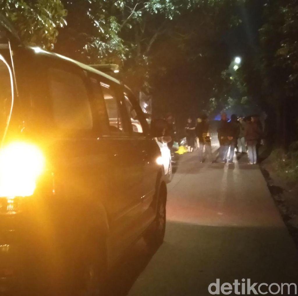Dor! Polisi Tembak Dua Begal di Bandung