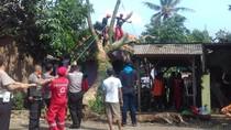 Puluhan Rumah Rusak Akibat Puting Beliung di Cianjur