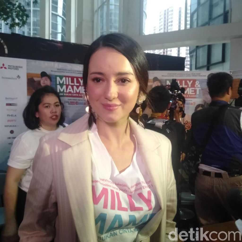 Gabung Agensi Hollywood, Julie Estelle Siap Go International